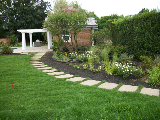 Hamptons landscaping design landscaping contractor in hamptons long island - Critical elements for a backyard landscaping ...